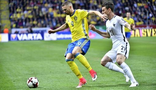 Игровой эпизод матча Швеция — Франция (квалификация на ЧМ-2018)